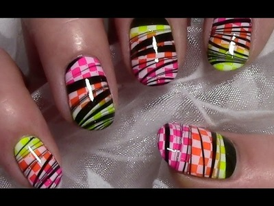Stamping Nageldesign mit Water Marble. Nail Art Design Tutorial