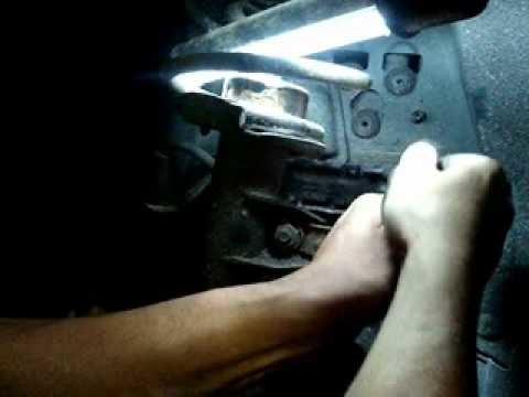 DIY Bremsscheiben und Bremssteine selber wechseln BMW 320 E90 Teil 1