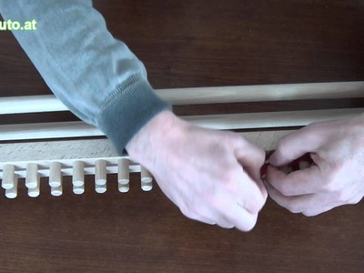 Stricken mit einer Strickbank (einfaches Gestrick)