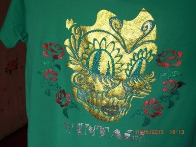 Textildesign - DIY - Tutorial - Shirt gestalten mit Farbe und Strass