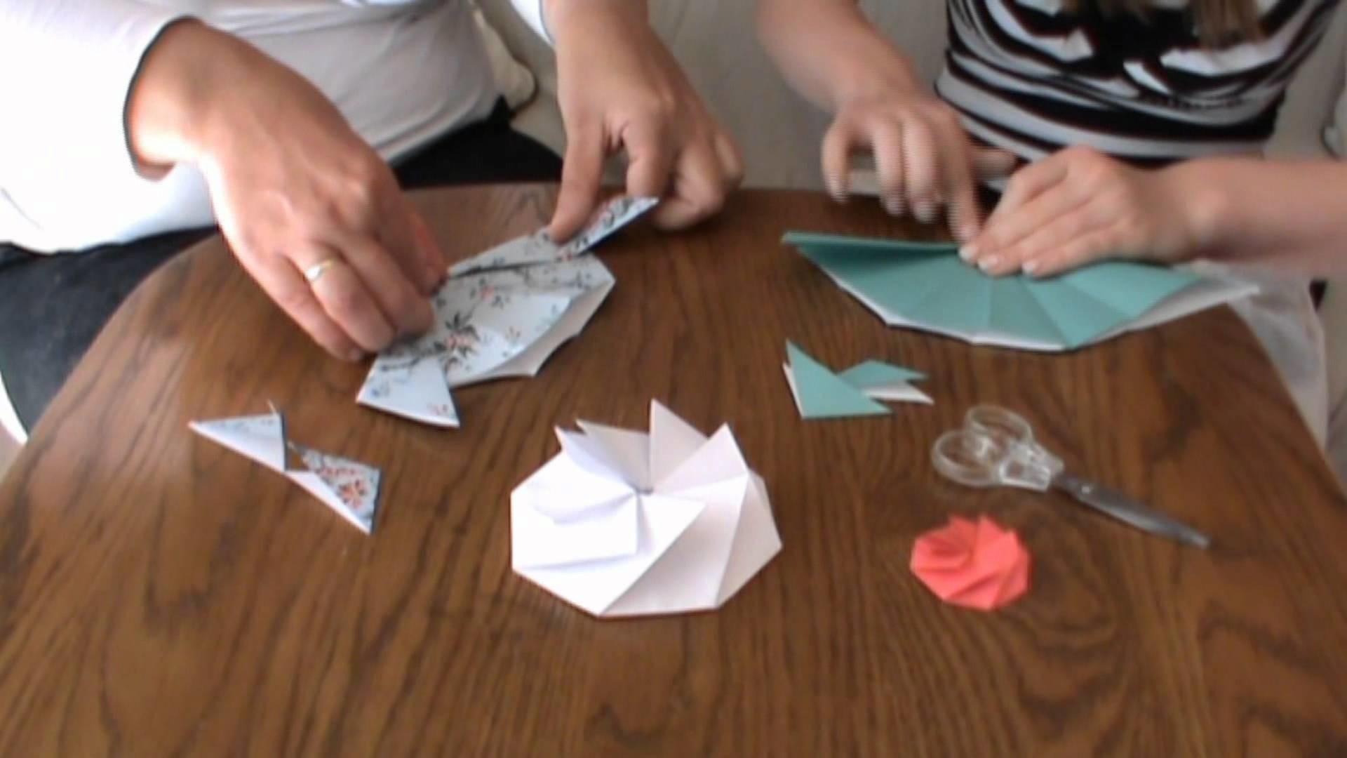 Basteln falten Papierblume Blume Papier Achteck Origami