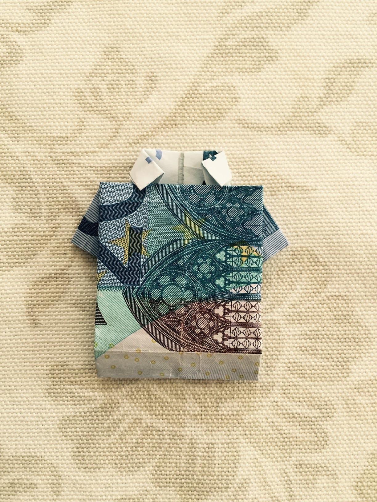 hemd falten einfaches shirt aus geld falten geschenk falten origami geschenke. Black Bedroom Furniture Sets. Home Design Ideas