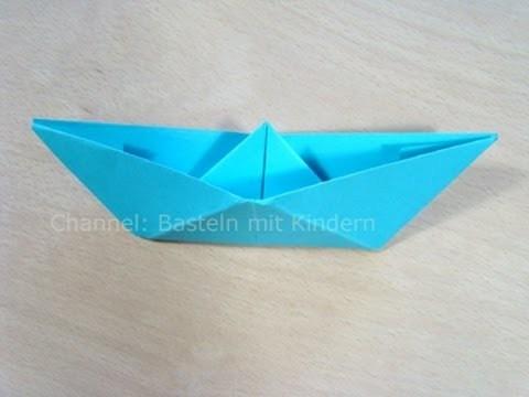 Papierschiff falten - Papier falten