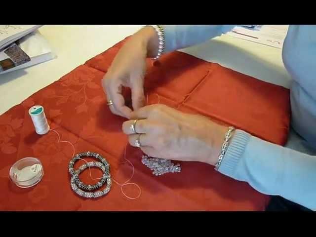 """Diamant""-Armband aus Rocaille-Perlen"