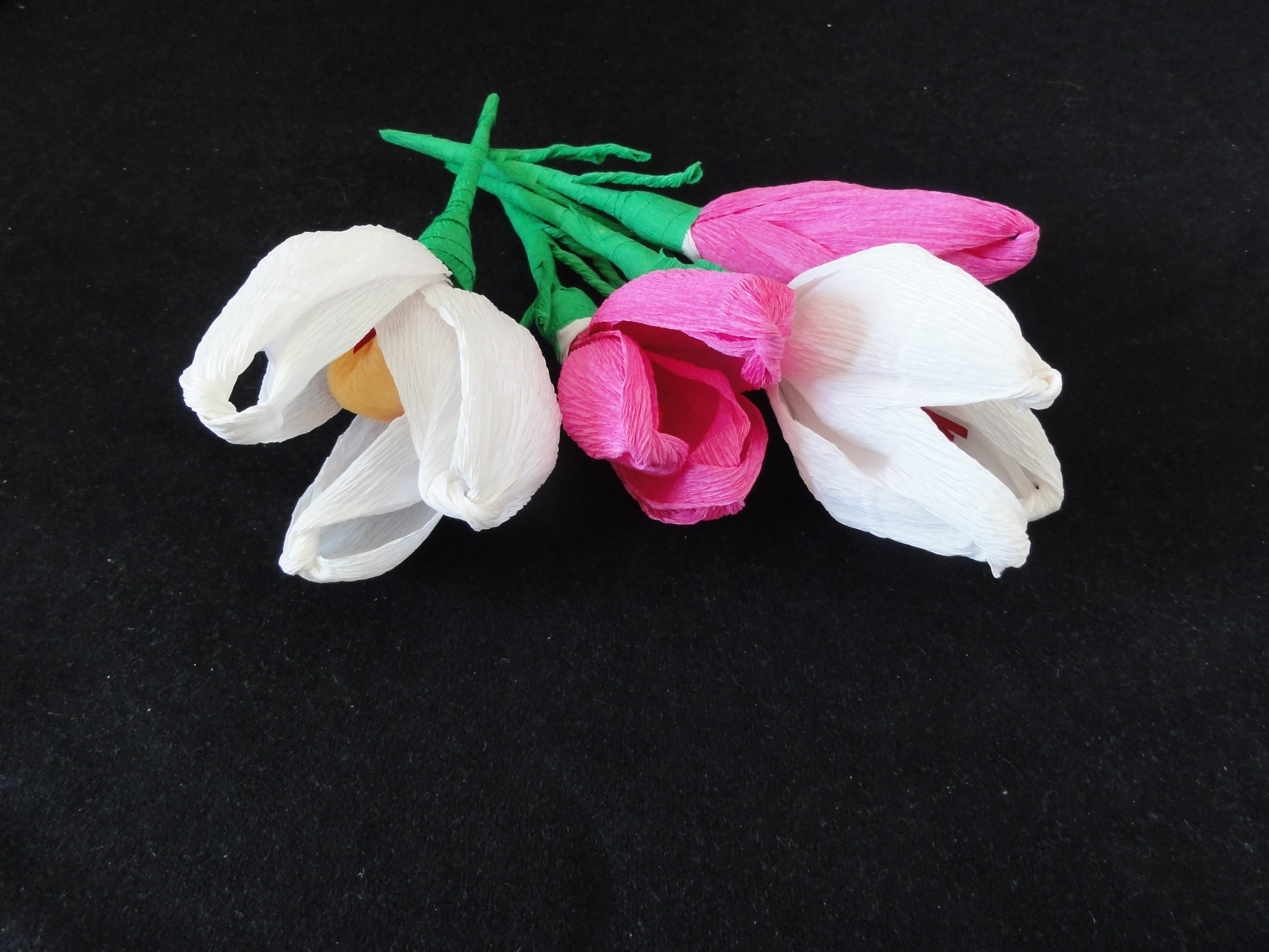 How to make crepe paper flowers - Tulpe basteln aus Krepppapier - Tulipan iz krep papirja -