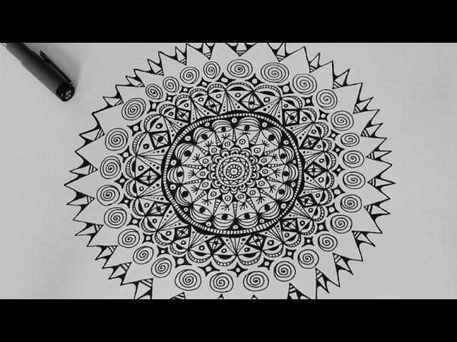A Black & White Mandala :: Ulrike Hirsch