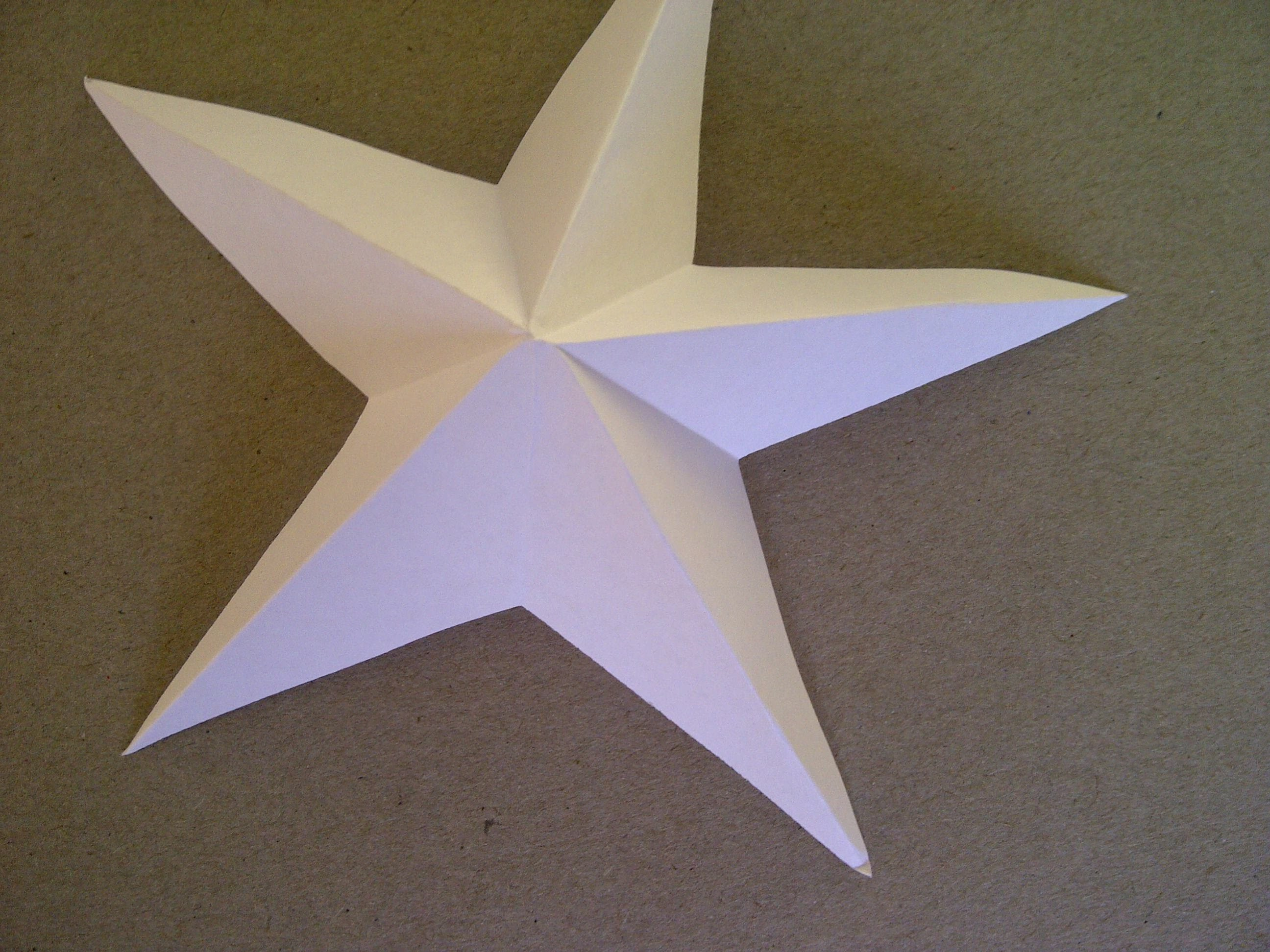 3D-Sterne basteln.  5-zackiger Stern aus Papier falten sehr einfach.