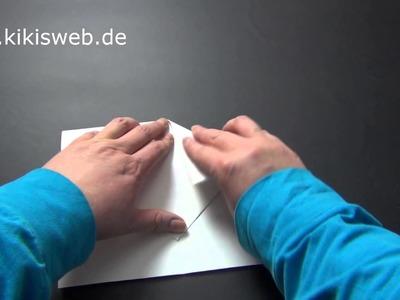 Basteln: Papierflieger falten