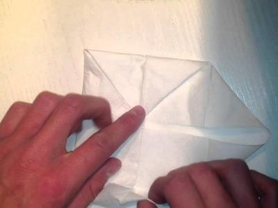 Papierblumen basteln. Blume aus einen Taschenbuch falten