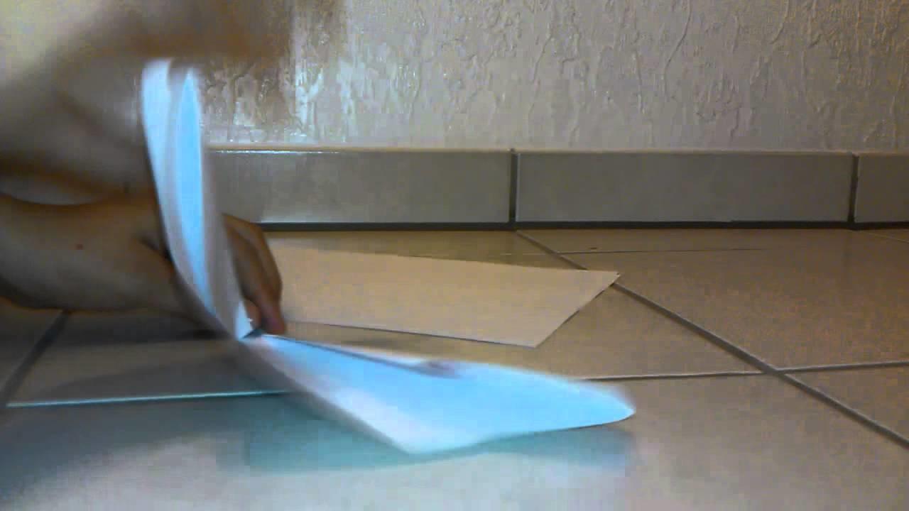 papierflieger basteln flugzeug aus papier falten. Black Bedroom Furniture Sets. Home Design Ideas