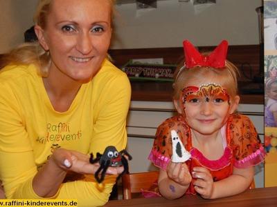Recycling Basteln mit Kindern Teil 01 - Halloween Spinnen von Raffini Kinderevents