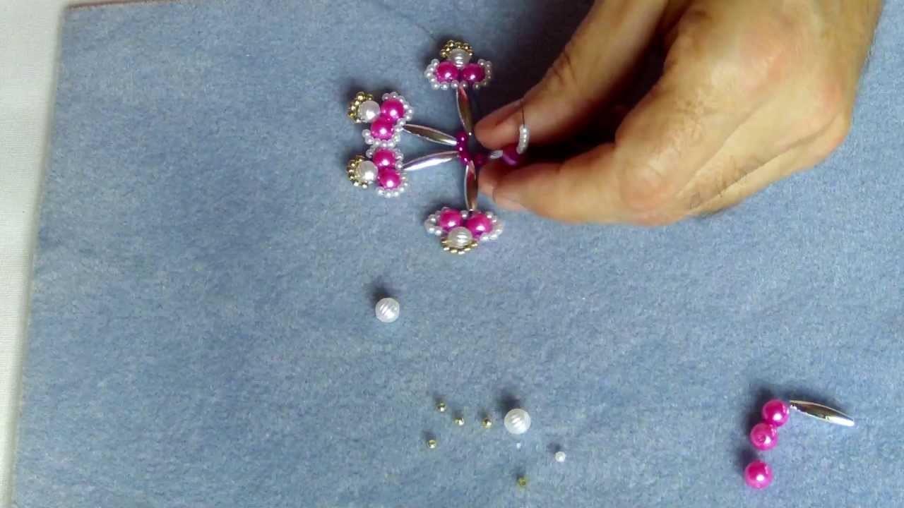 Schicker Weihnachtsstern aus Perlen