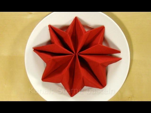 Servietten falten Anleitung: Stern für Weihnachten