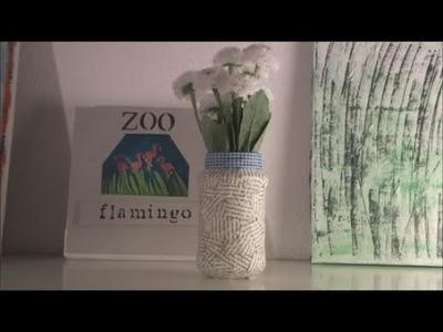 Glas mit Buchseiten verzieren Basteln DIY selbermachen Deko Dekoglas Upcycling