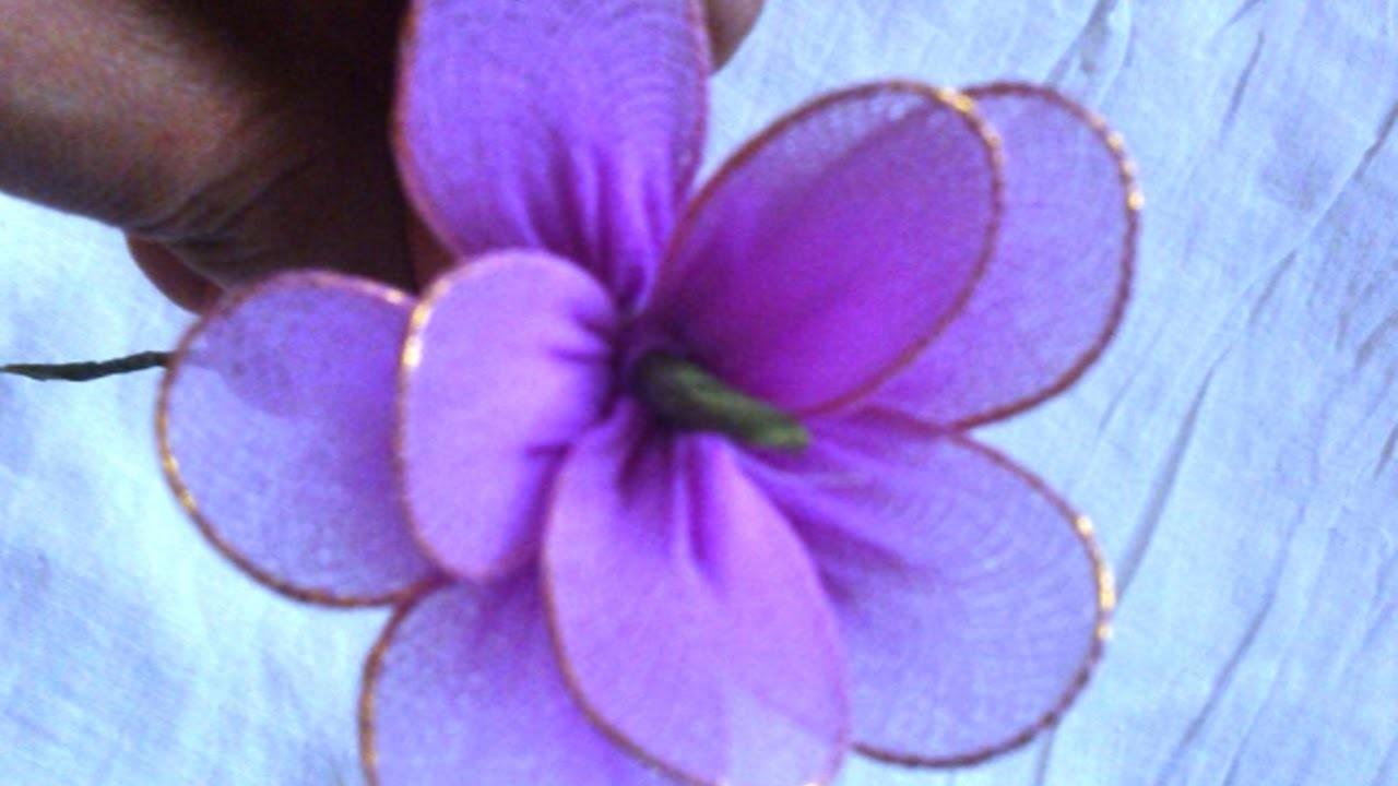 Aus Alten Strumpfhosen Schöne Blumen Basteln - DIY Crafts - Guidecentral