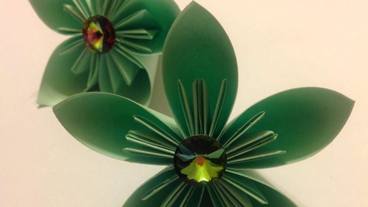 Eine Einfach Papierblume Basteln - DIY Crafts - Guidecentral
