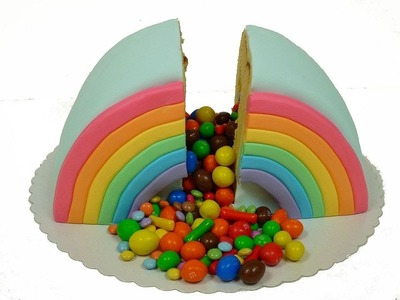 Rainbow Piñata Cake (Regenbogen- Piñata-Kuchen.Überraschungskuchen)