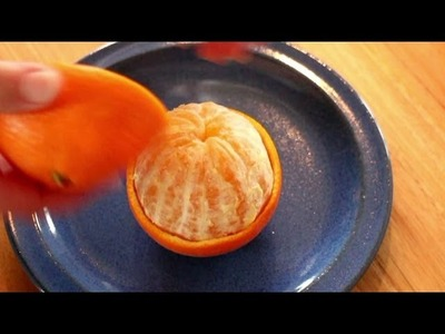 Orange to go - How to peel an orange in an easy way