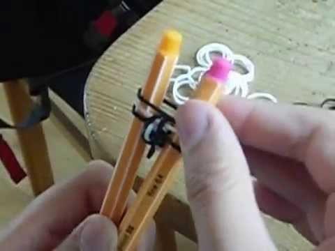 Rainbow Loom Fischgrät-armband. Ring mit Stiften