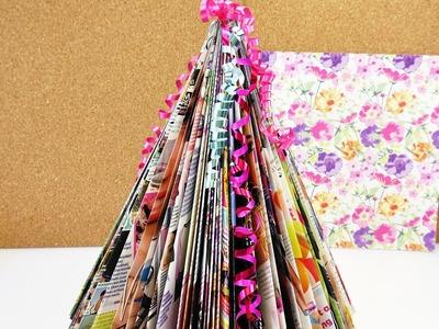 Mini Weihnachtsbaum selber machen | Bunten Tannenbaum basteln aus Zeitschiften | Geschenk