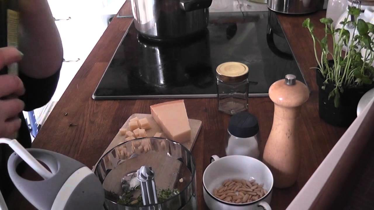 Tutorial: Pesto Verde. Grünes Pesto selber machen [Rezept]