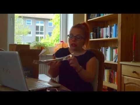 Ninia lernt Häkeln mit makerist