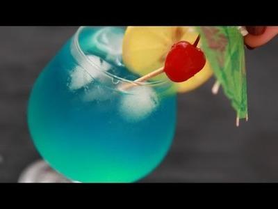 Einen Lecker Blue Hawaiian Cocktail Zubereiten - DIY Essen & Getränke - Guidecentral