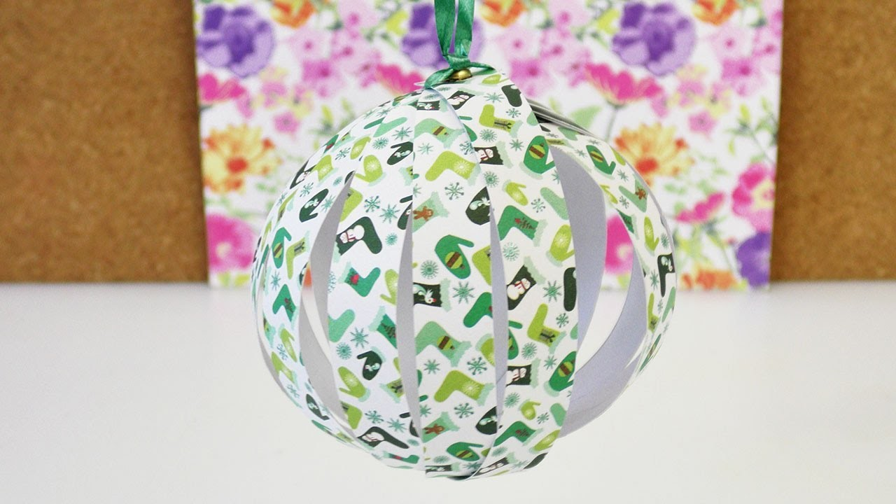 weihnachtsbaum schmuck selber machen papier deko kugel f r weihnachten basteln diy. Black Bedroom Furniture Sets. Home Design Ideas