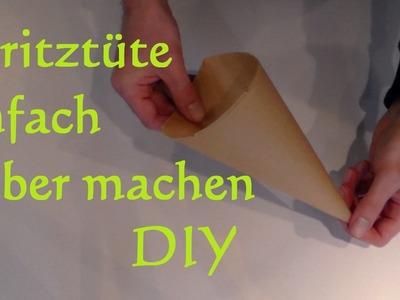 DIY Papier Spritztüten selber machen Spritzbeutel selber machen aus Backpapier
