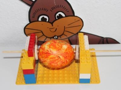 DIY LEGO Ostereier-Malmaschine. Ostereier gestalten. Easter Eggs. TäglichMama
