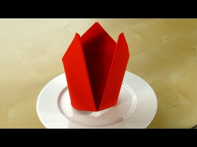 Servietten falten einfach: Krone - Tischdeko für Ostern basteln - DIY Osterdeko