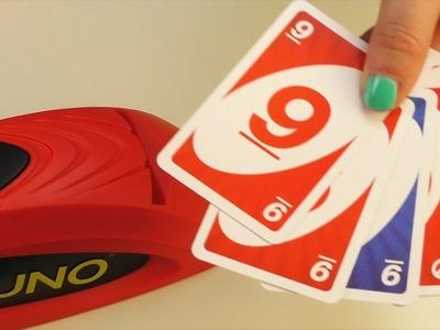 """""""UNO EXTREME"""" mit Kathi & Eva spielen Karten mit Karten Wurf Maschine & Jelly Beans Strafe"""