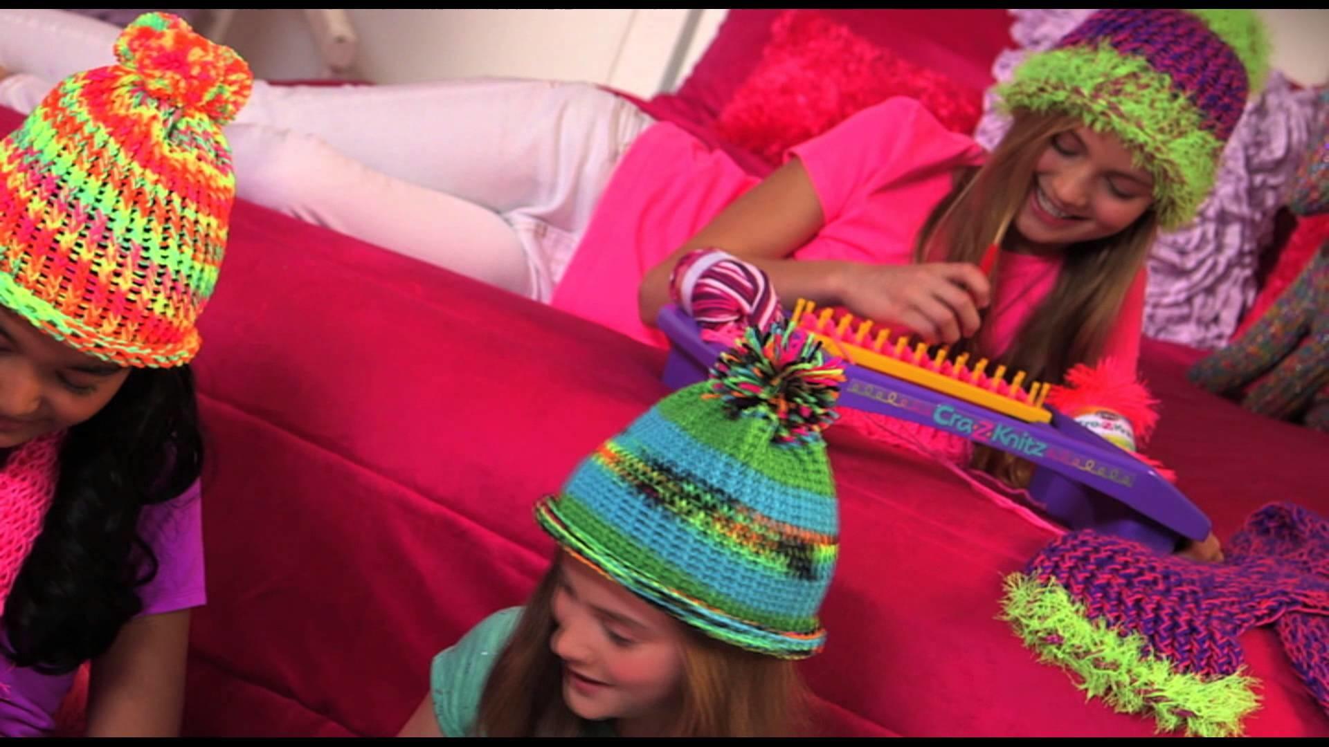 Shimmer & Sparkle Cra-z-Knit