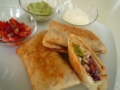 Chicken Chimichangas (Frittierte Burritos mit Hähnchenbrustfilet)