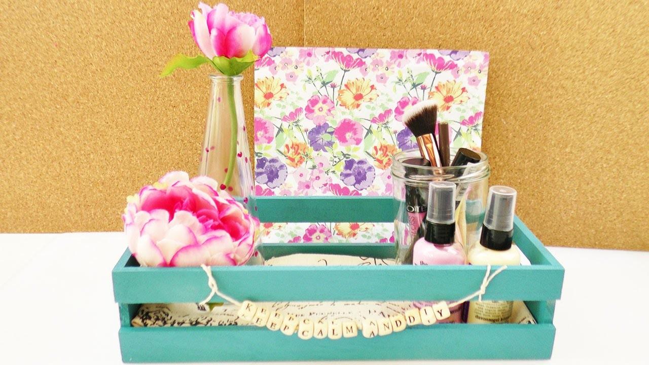 diy zimmer dekorieren deko aufbewahrung einfach gestalten schreibtisch kosmetik nagellack. Black Bedroom Furniture Sets. Home Design Ideas