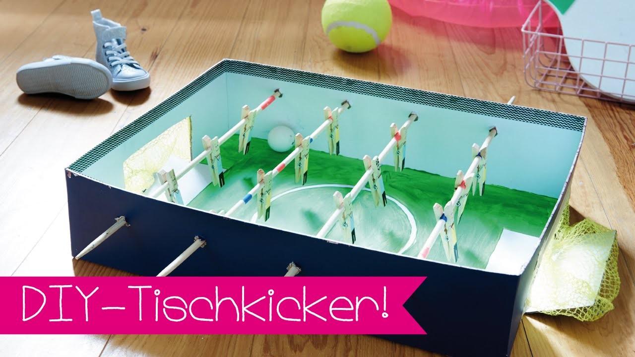 tischkicker selber bauen i diy i fussball i kinnertied 61. Black Bedroom Furniture Sets. Home Design Ideas