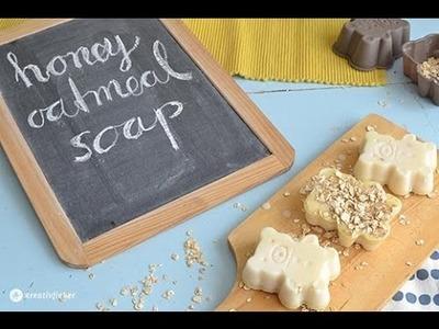 DIY Honey Oatmeal Soap - Honigbären Seife