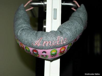 Käthes Nähstunde : DIY Klemmschutz. Türstopper. Doorstop für Baby - Krankenzimmer