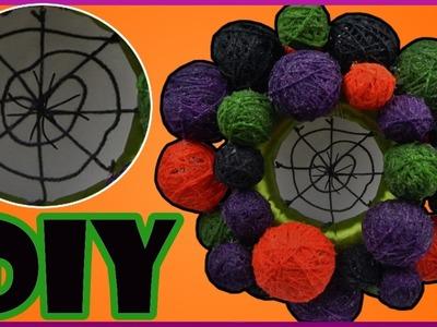DIY Halloween Party   Türkranz mit Kugeln und Spinnennetz   Door wreath with spiders web