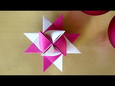 Fröbelsterne Anleitung - Weihnachtssterne basteln mit Papier - Origami Stern basteln für Weihnachten
