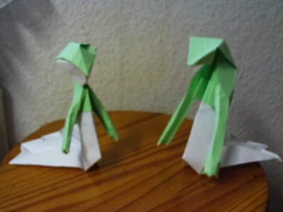 PokeGami Pokemon Origami #282 Guardevoir. Gardevoir (schwere Version)