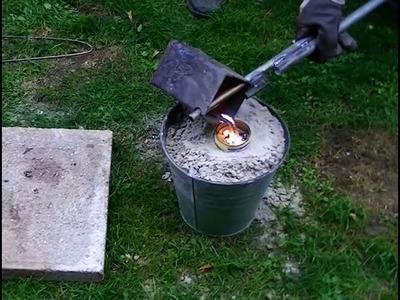 Eine Zwille aus Aluminium Gießen (Steinschleuder)