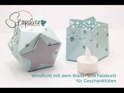 Windlicht in Sternform mit dem Stanz- und Falzbrett für Geschenktüten