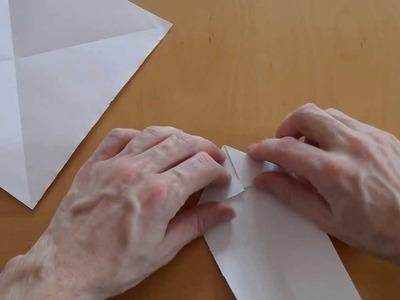Wie falte ich eine Schwalbe, Papierflieger?