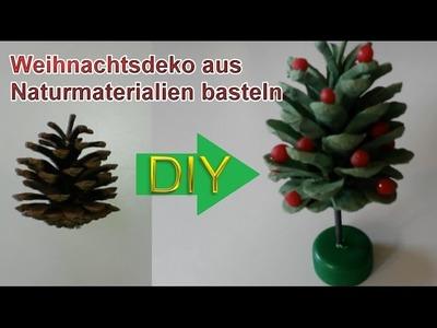 Deko Weihnachtsbaum aus Tannenzapfen selbst basteln – DIY Weihnachtsdeko selber machen