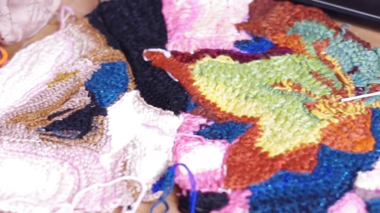Dennis and Irene - crochet kiss