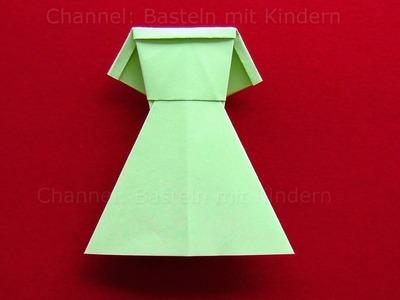 Origami Kleid falten - DIY Kleider basteln mit Kindern - Origami Kleidung aus Papier