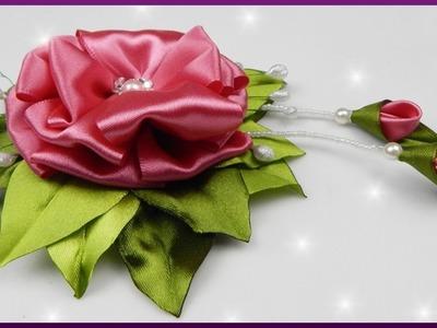 DIY Kanzashi   Blume aus Satinband. Schleifenband basteln   Satin ribbon flower with stamens