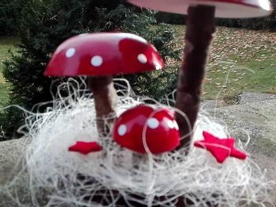 Glückspilze, Pilze aus Gips basteln mit Zweigen, Lackfarben und Bürolocher-Papierpunkten