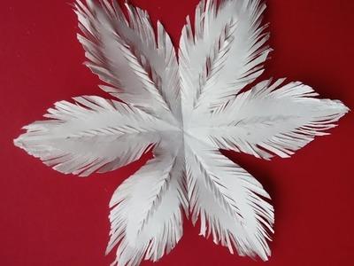 Flauschige Papier-Schneeflocke oder  Schneestern basteln Ideen  für Weihnachtsdeko